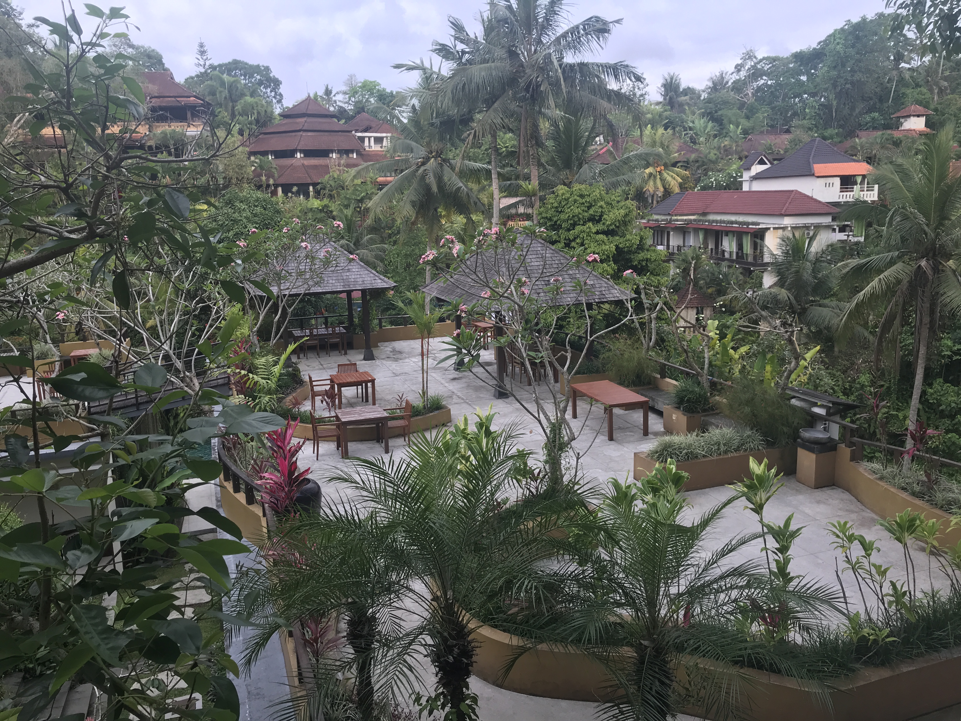ラバック リバー ホテル 【Labak River Hotel】