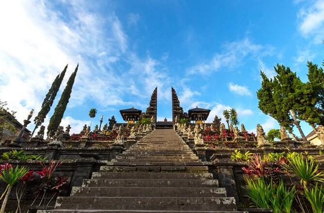 ブサキ寺院【Besakih Temple】